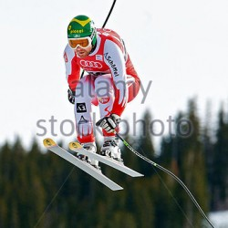 dec-05-2009-beaver-creek-colorado-usa-klaus-kroell-aut-sores-through-cdgap3